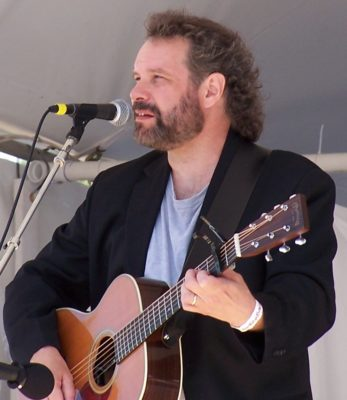 John_Gorka_at_the_Falcon_Rodge_Folk_Festival